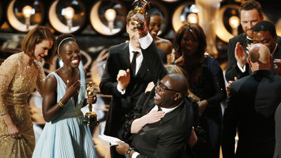 Gravity-anos-esclavitud-triunfadoras-Oscars_MDSVID20140303_0002_10